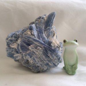 藍晶石,カヤナイト,kyanite,鉱石,初心者